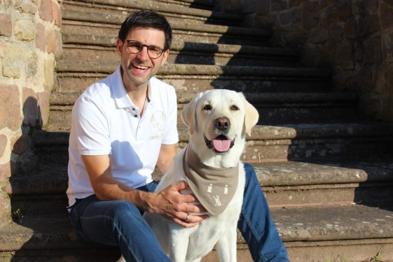 Sascha Mahnel. Coaching. Supervision. Training. Tiergestützte Praxis. Petersberg / Fulda / Hessen